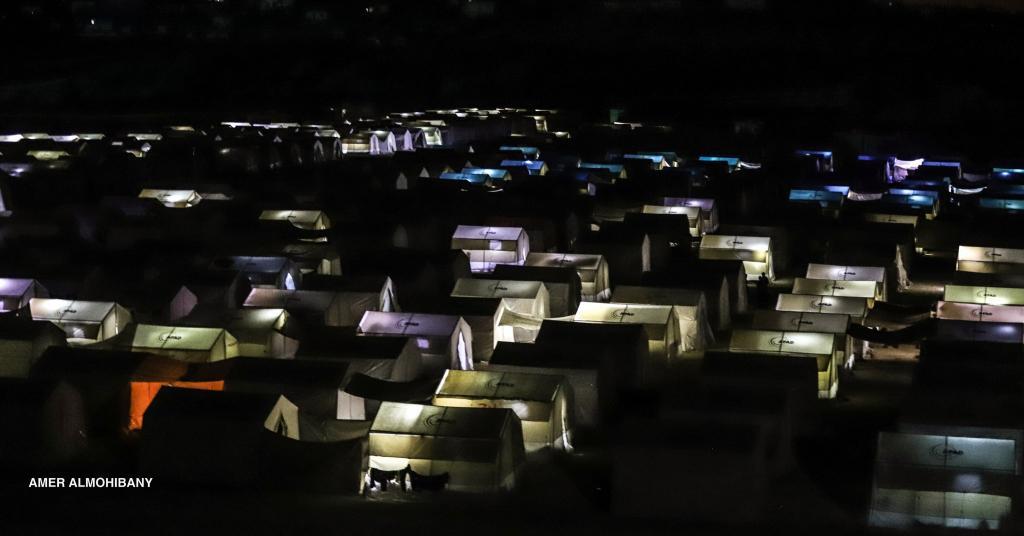 Camps de réfugiés pour les habitants de la Ghouta dans la région d'Alep @amer_almohibany