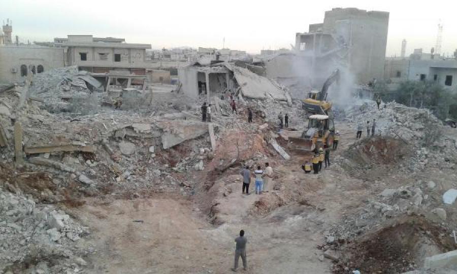 Après les raids attribués aux forces russes sur le bourg de Zardana, dans la province d'Idlib, le 8 juin 2018